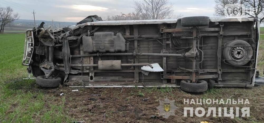Заснул за рулем: в полиции сообщили подробности ДТП с маршруткой под Бердянском, фото-4
