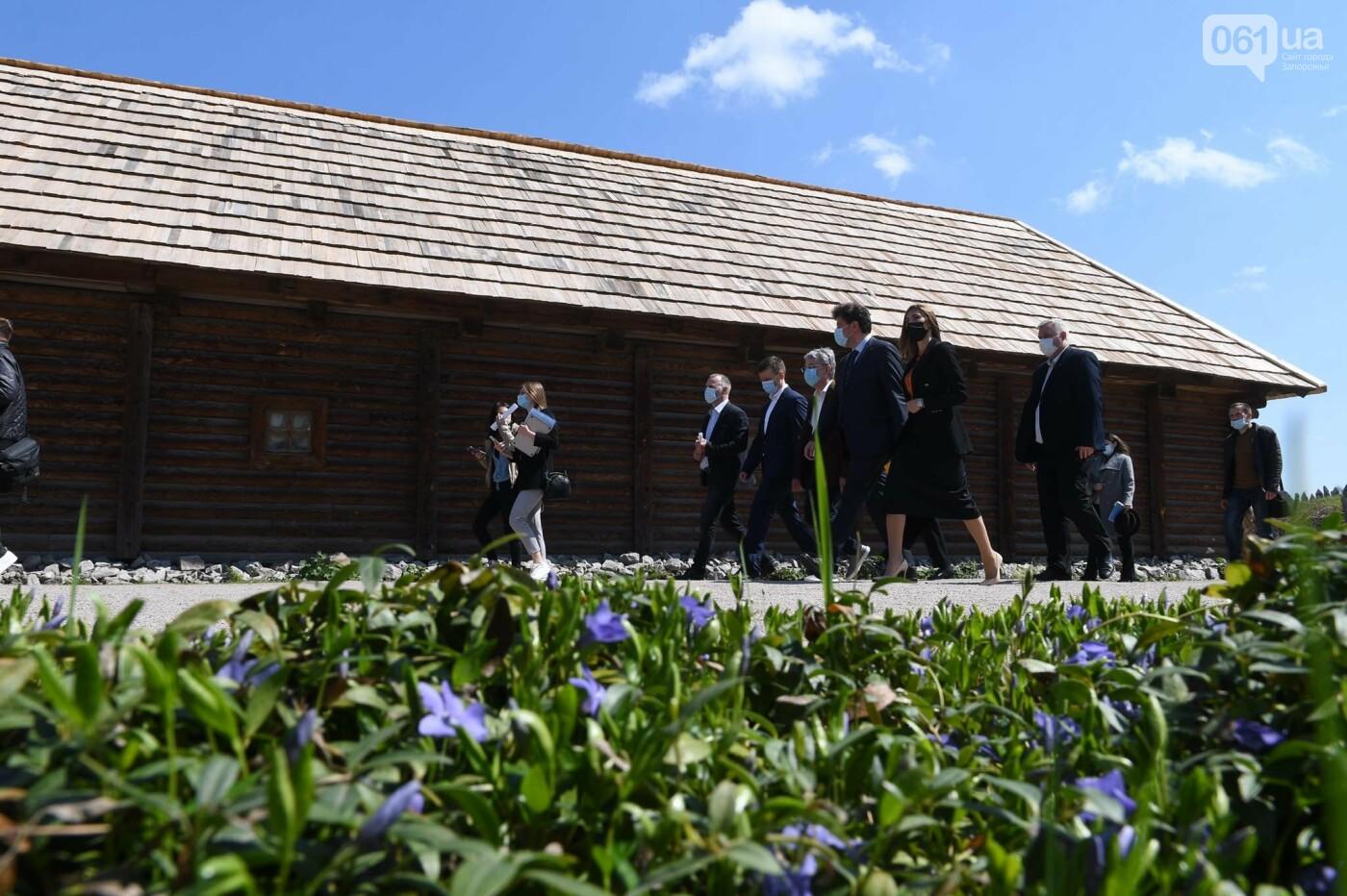 Министр культуры назвал сроки реконструкции кургана на Хортице - как будет выглядеть объект, - ФОТО, фото-11