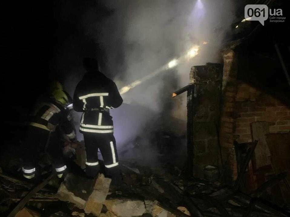 В Токмаке в частном секторе произошел пожар, фото-1