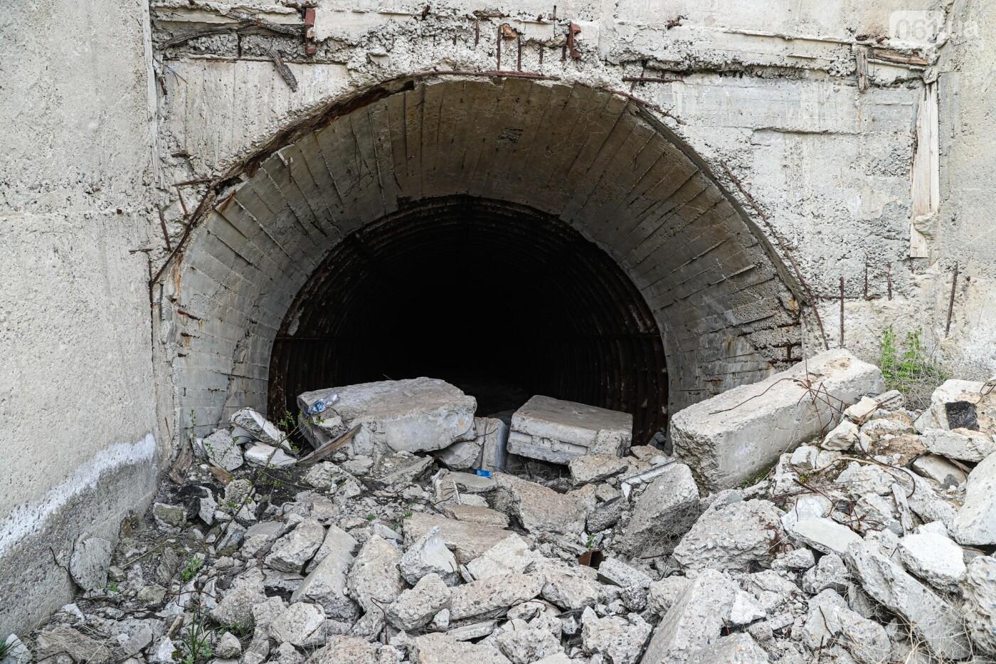 В Степногорске пытаются разобрать на металлолом шахту - промплощадка ГОКа превратилась в руины, - ФОТОРЕПОРТАЖ , фото-2