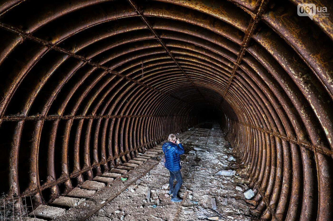 В Степногорске пытаются разобрать на металлолом шахту - промплощадка ГОКа превратилась в руины, - ФОТОРЕПОРТАЖ , фото-5
