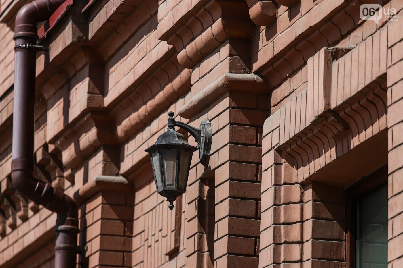 Памятники Старого Александровска: как сейчас выглядит доходный дом Регирера, - ФОТО, фото-11