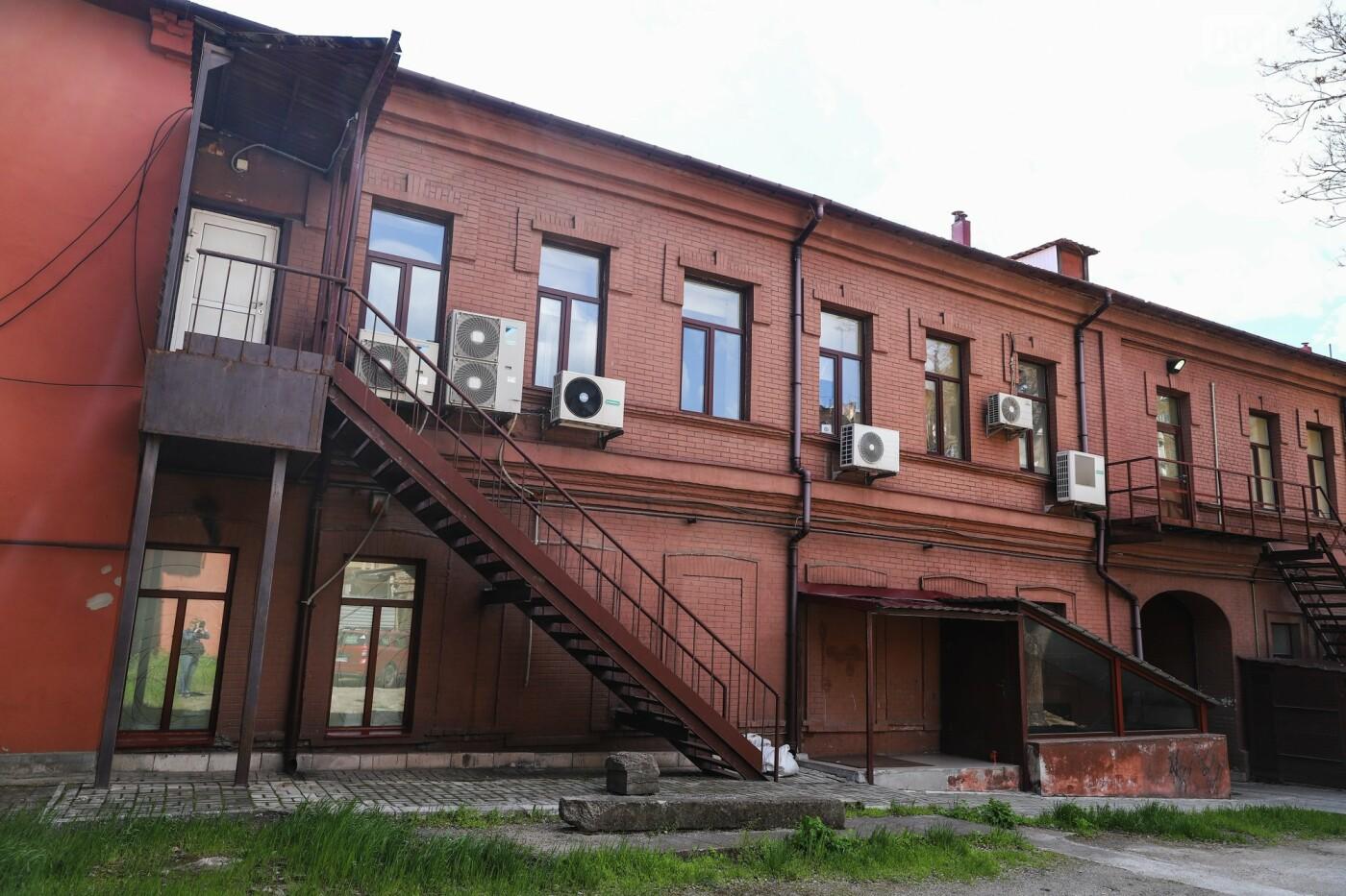 Памятники Старого Александровска: как сейчас выглядит доходный дом Регирера, - ФОТО, фото-19