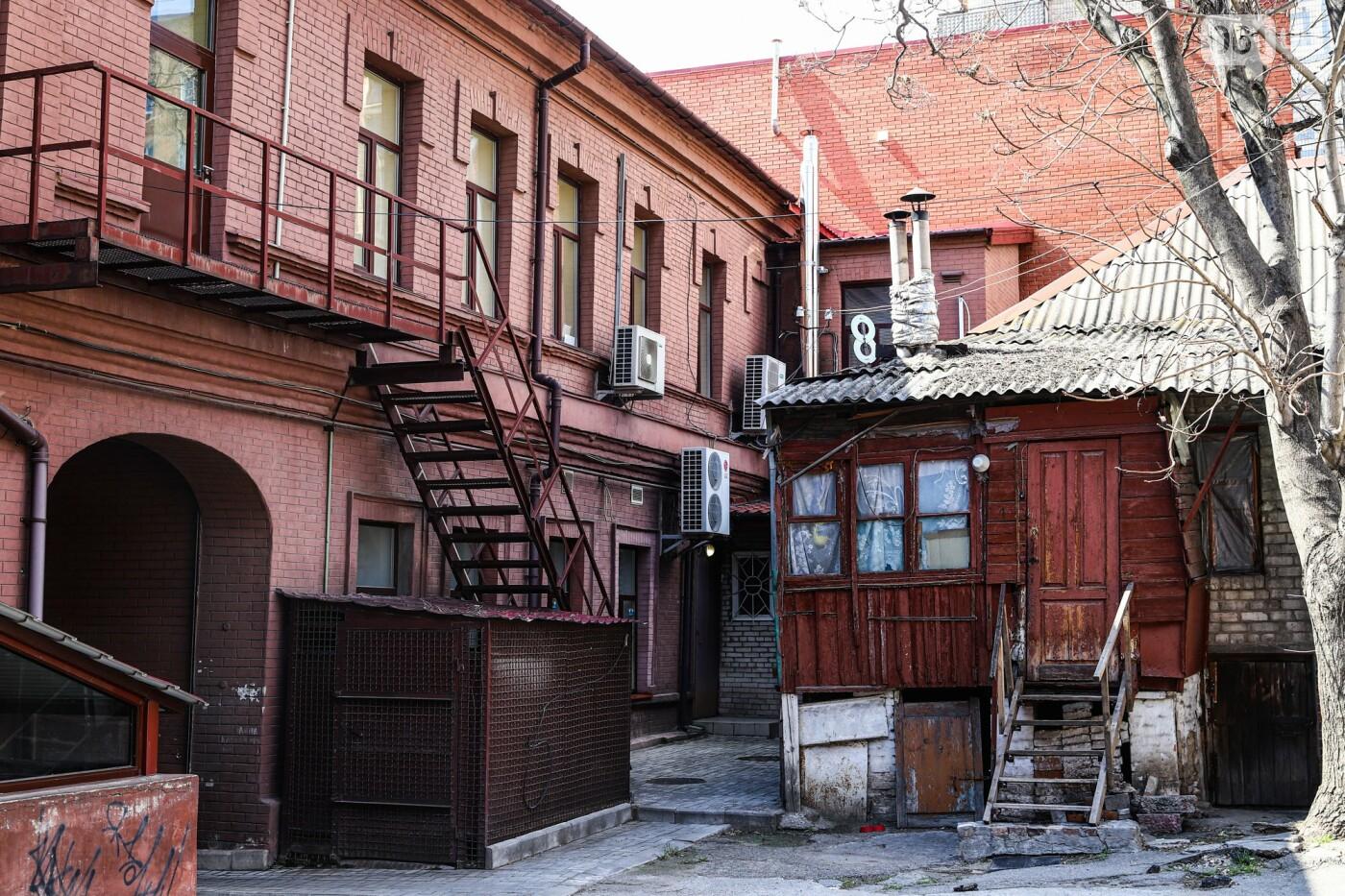 Памятники Старого Александровска: как сейчас выглядит доходный дом Регирера, - ФОТО, фото-22