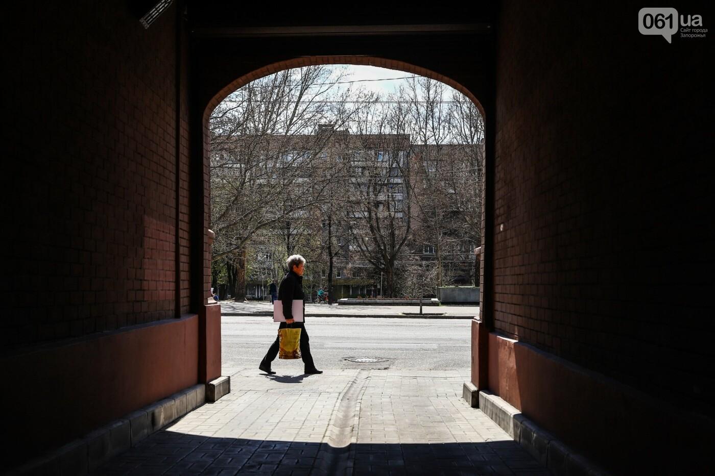 Памятники Старого Александровска: как сейчас выглядит доходный дом Регирера, - ФОТО, фото-9