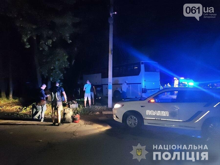 8 60d9a5cc08fec - Автобус, следовавший из Польши в Запорожье, попал в ДТП в Умани, - ФОТО