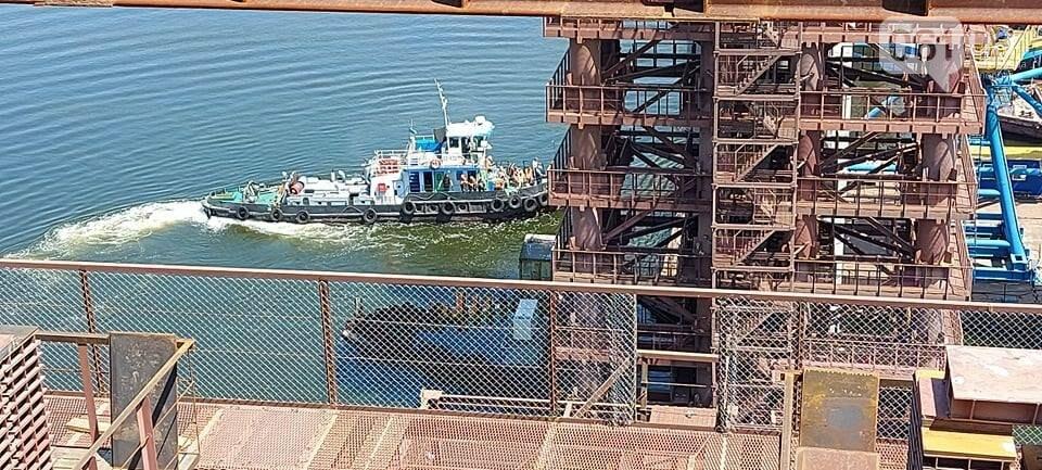 Строительство вантового моста в Запорожье: плавкран установил четвертую секцию, - ФОТО, фото-2