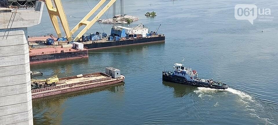 Строительство вантового моста в Запорожье: плавкран установил четвертую секцию, - ФОТО, фото-8