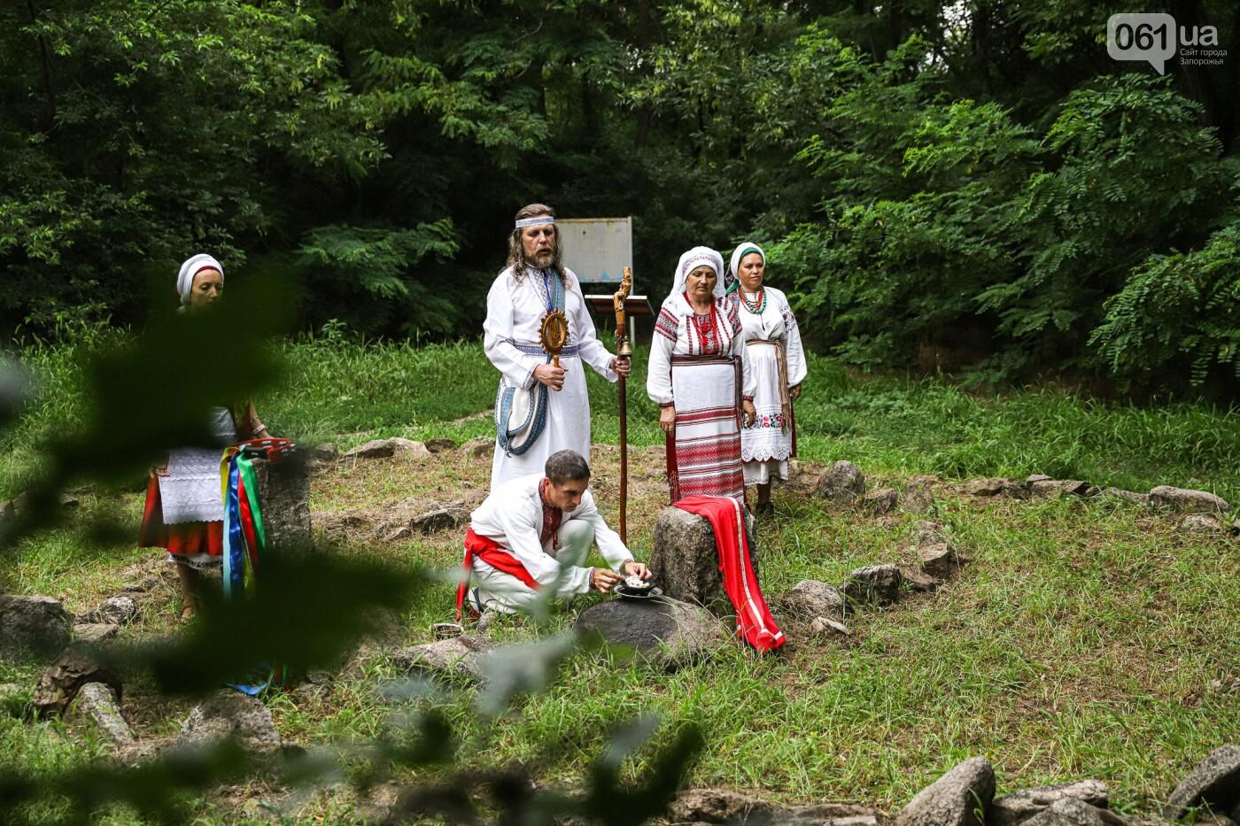 Огонь и дубовые венки: как на Хортице отметили праздник Перуна, - ФОТОРЕПОРТАЖ, фото-15