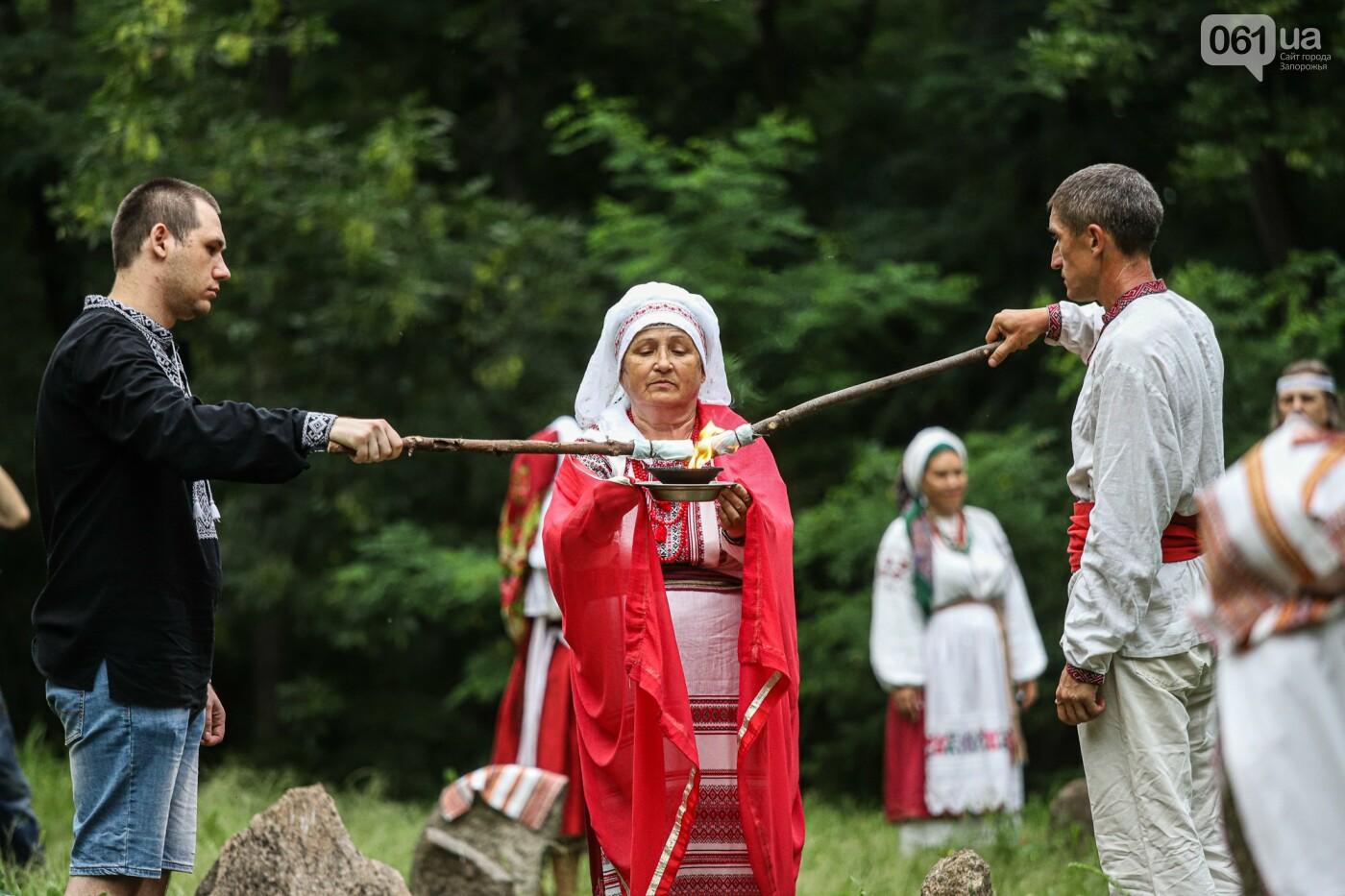 Огонь и дубовые венки: как на Хортице отметили праздник Перуна, - ФОТОРЕПОРТАЖ, фото-18