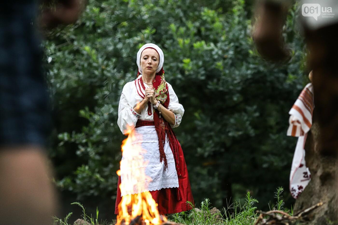 Огонь и дубовые венки: как на Хортице отметили праздник Перуна, - ФОТОРЕПОРТАЖ, фото-29