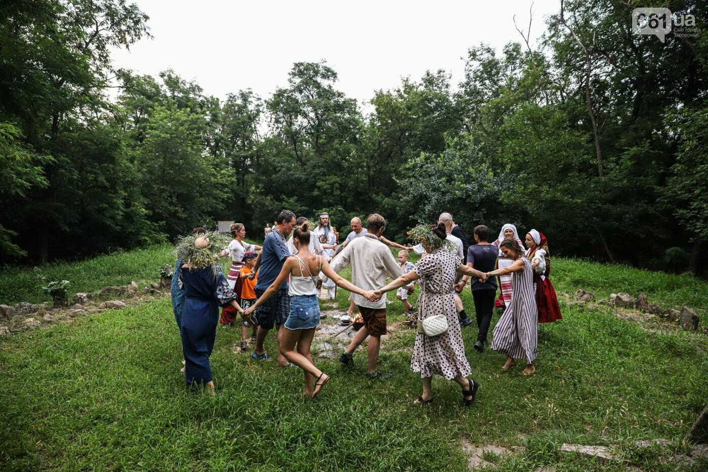 Огонь и дубовые венки: как на Хортице отметили праздник Перуна, - ФОТОРЕПОРТАЖ, фото-30