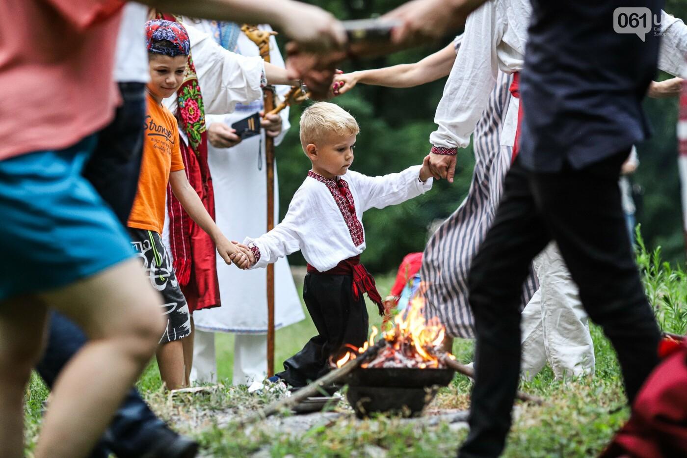Огонь и дубовые венки: как на Хортице отметили праздник Перуна, - ФОТОРЕПОРТАЖ, фото-31