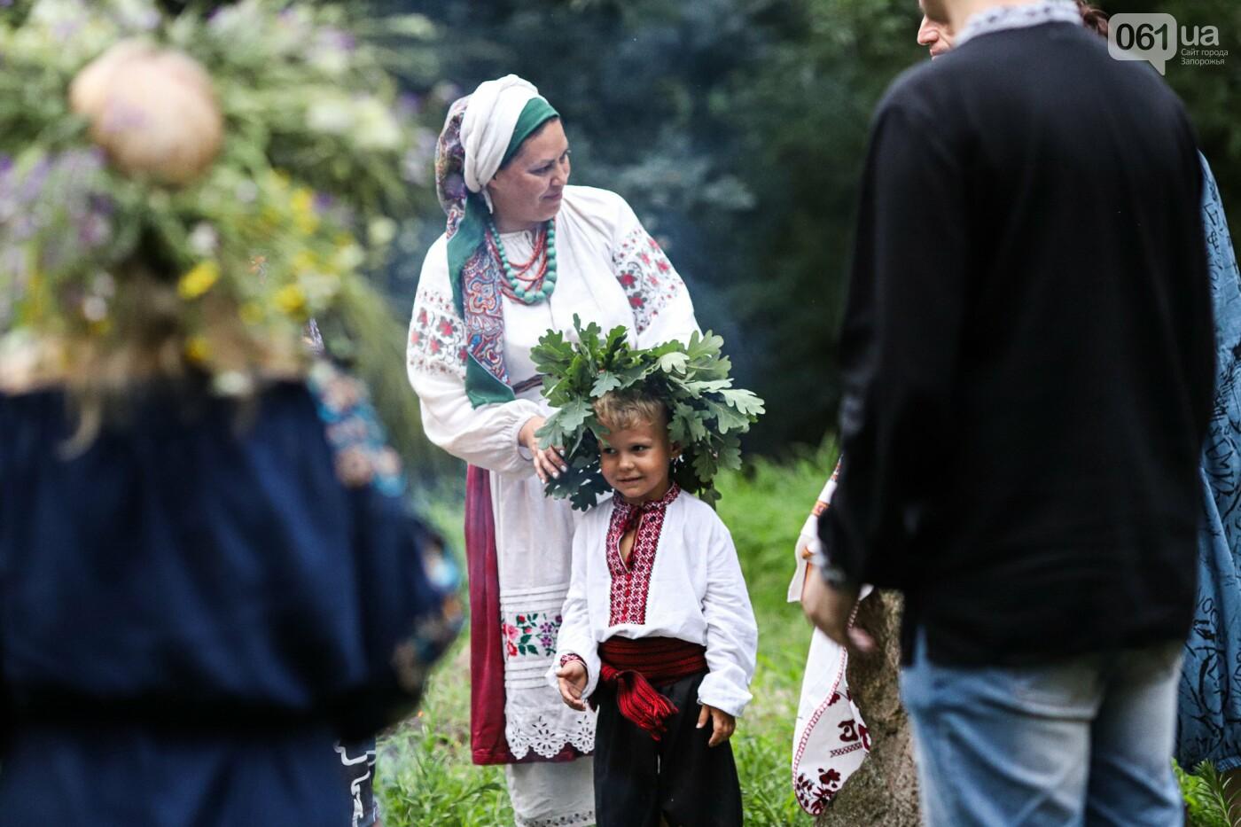 Огонь и дубовые венки: как на Хортице отметили праздник Перуна, - ФОТОРЕПОРТАЖ, фото-35