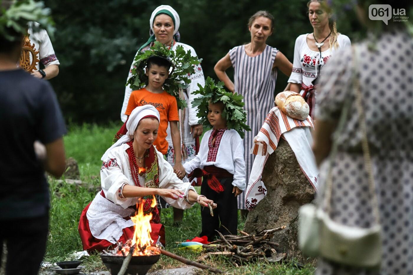 Огонь и дубовые венки: как на Хортице отметили праздник Перуна, - ФОТОРЕПОРТАЖ, фото-40