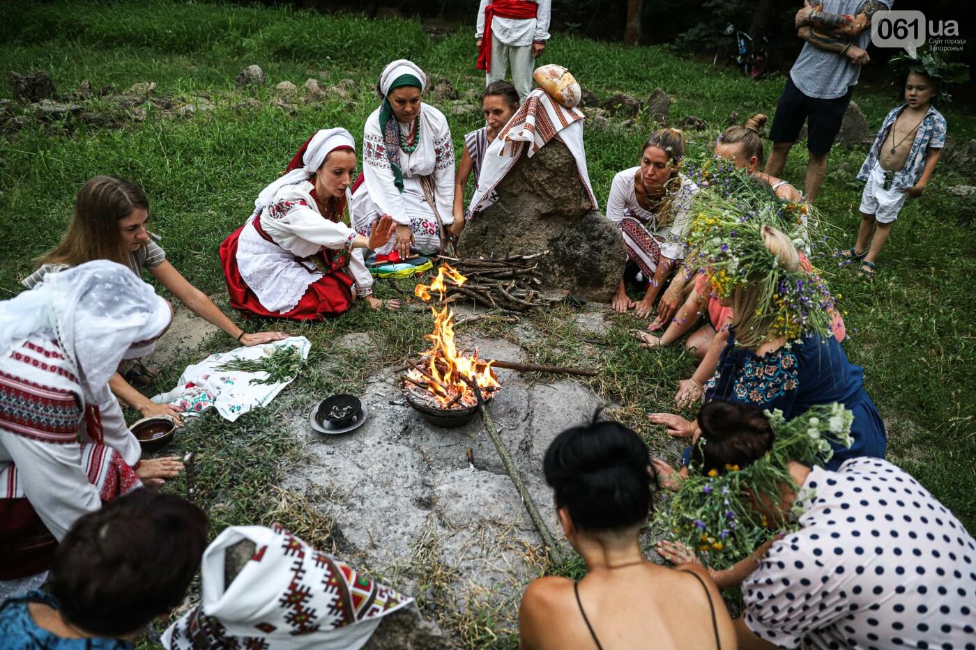 Огонь и дубовые венки: как на Хортице отметили праздник Перуна, - ФОТОРЕПОРТАЖ, фото-41