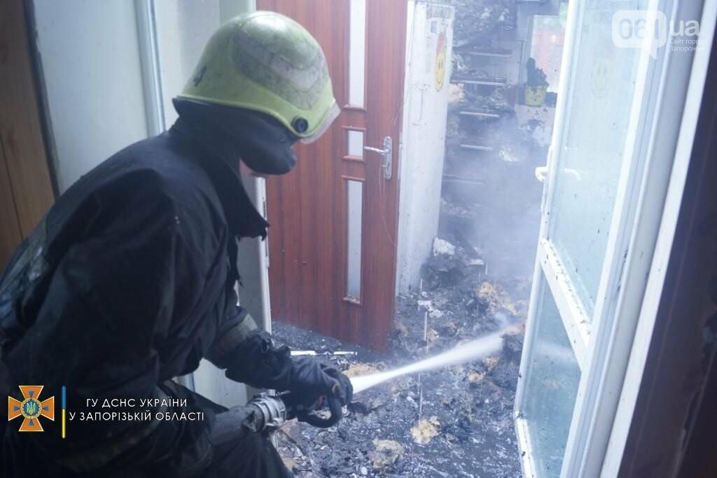 dsc07094result 611253bb4cb63 - В Шевченковском районе 18 спасателей тушили загоревшуюся крышу дома, - ФОТО