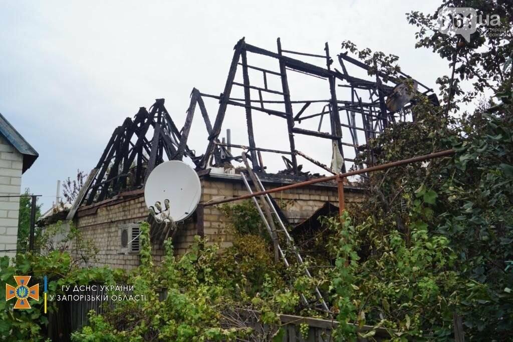 dsc07146result 611253be3636d - В Шевченковском районе 18 спасателей тушили загоревшуюся крышу дома, - ФОТО