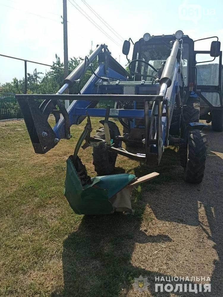 dtp2 1 611500ca5d17d - В Запорожской области сильно пьяный водитель врезался в трактор - один человек погиб