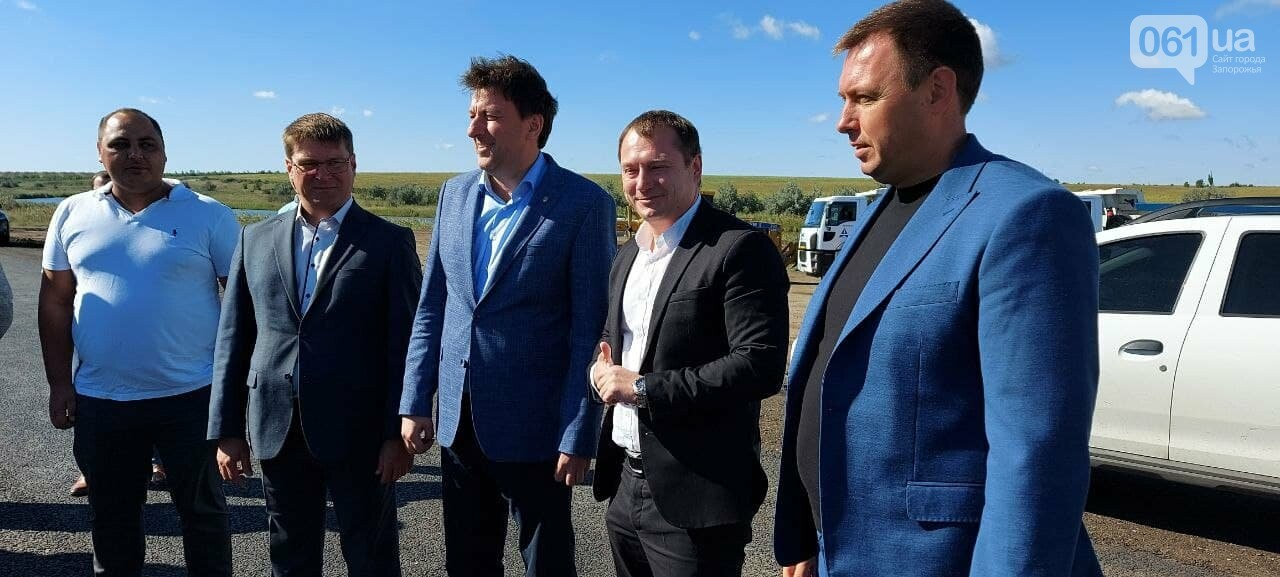 В Укравтодоре обещают полностью достроить запорожские мосты в 2022 году, фото-1