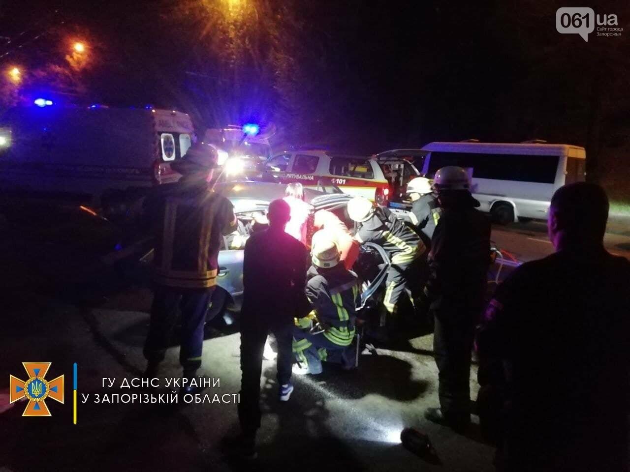 photo2021 09 0920 34 13 2result 613affb338587 - В ДТП на Космической пострадали 6 человек, одну из пассажирок зажало в авто