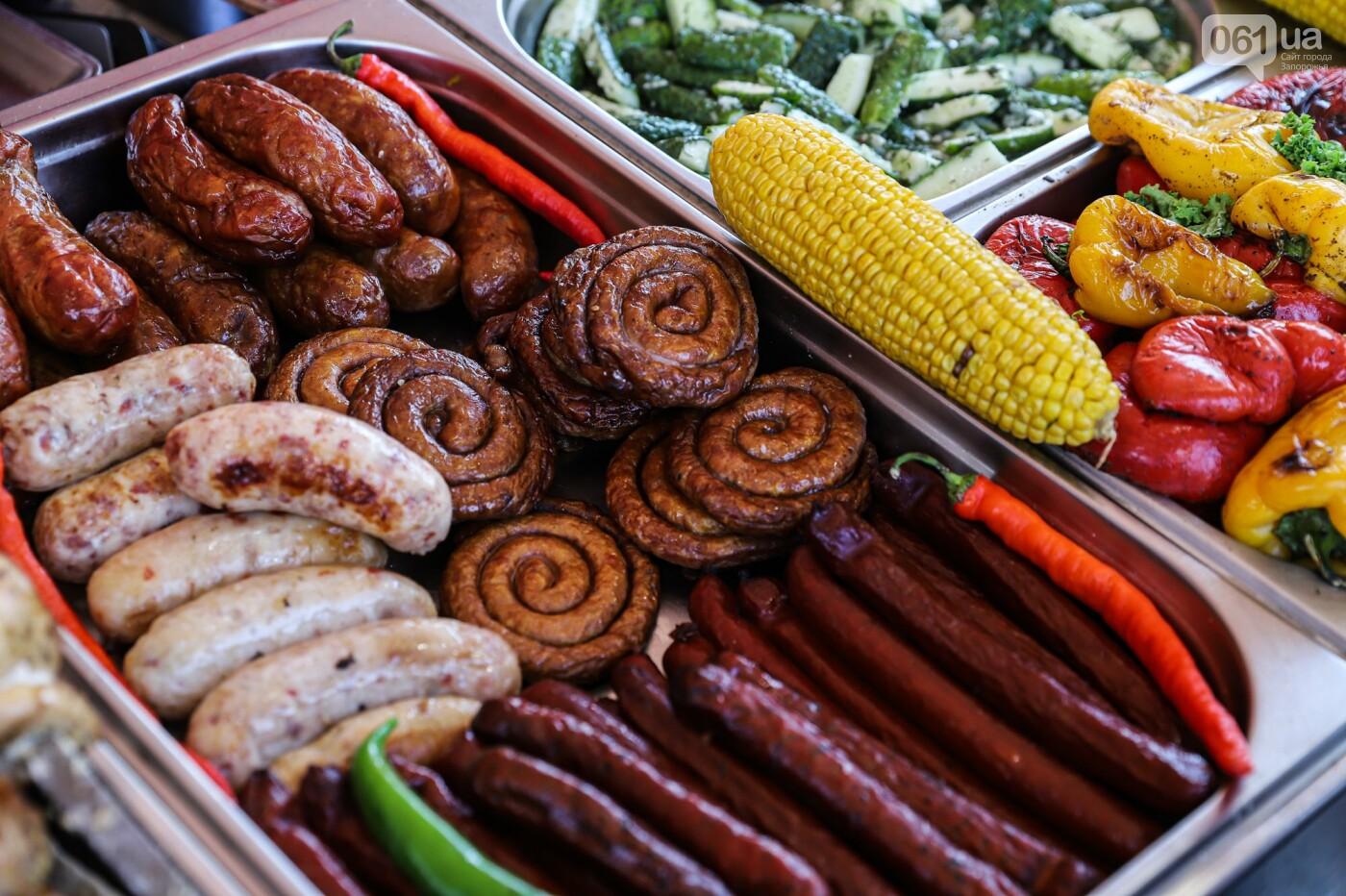 Бограч в хлебных горшочках и мясо из уникальной печи: что нового на фестивале уличной еды в Запорожье, - ФОТОРЕПОРТАЖ, фото-5