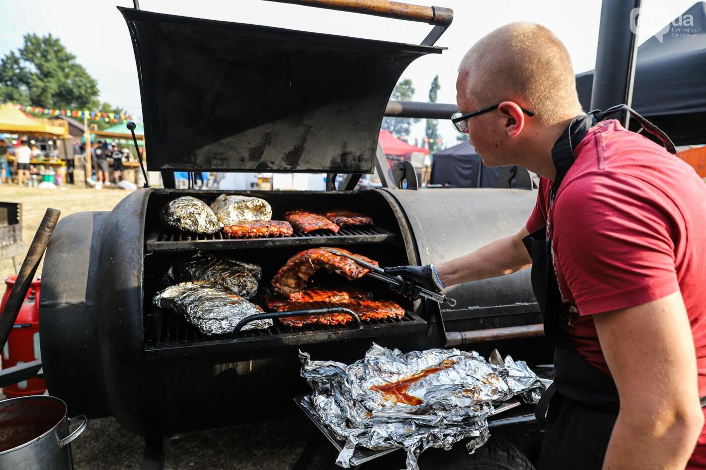 Бограч в хлебных горшочках и мясо из уникальной печи: что нового на фестивале уличной еды в Запорожье, - ФОТОРЕПОРТАЖ, фото-21