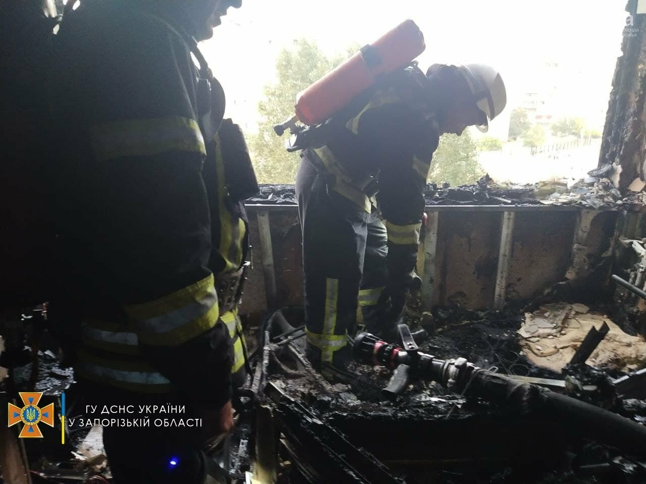 photo2021 09 1210 13 43result 613dd2369829e - В Запорожье 18 спасателей тушили пожар в девятиэтажке, - ФОТО