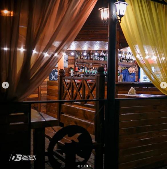 Летняя терраса в Запорожье, летняя площадка в Запорожье, Кафе Белуга в Запорожье, Отдыхай вместе с нами