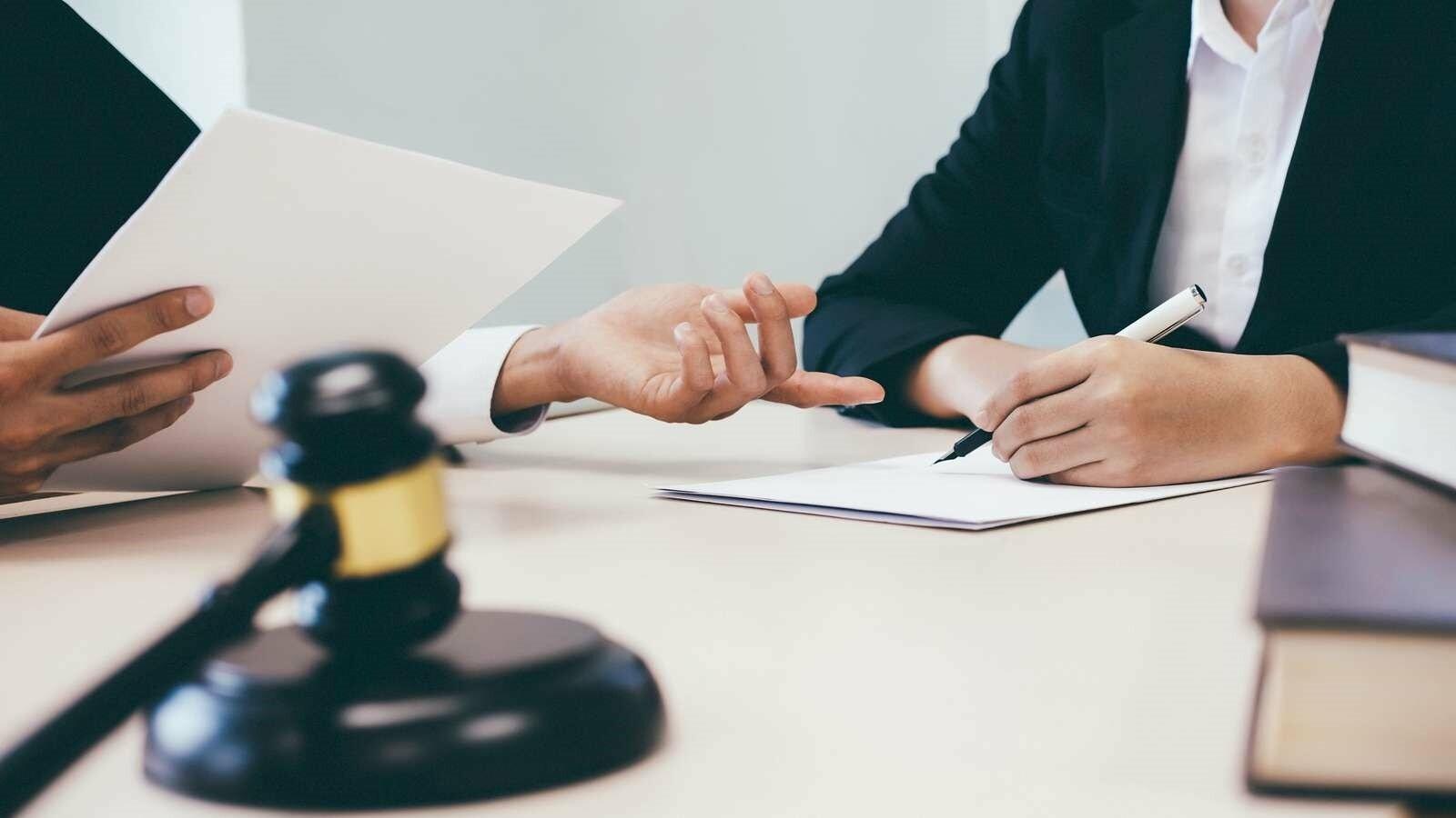 Юридические услуги, фото-1