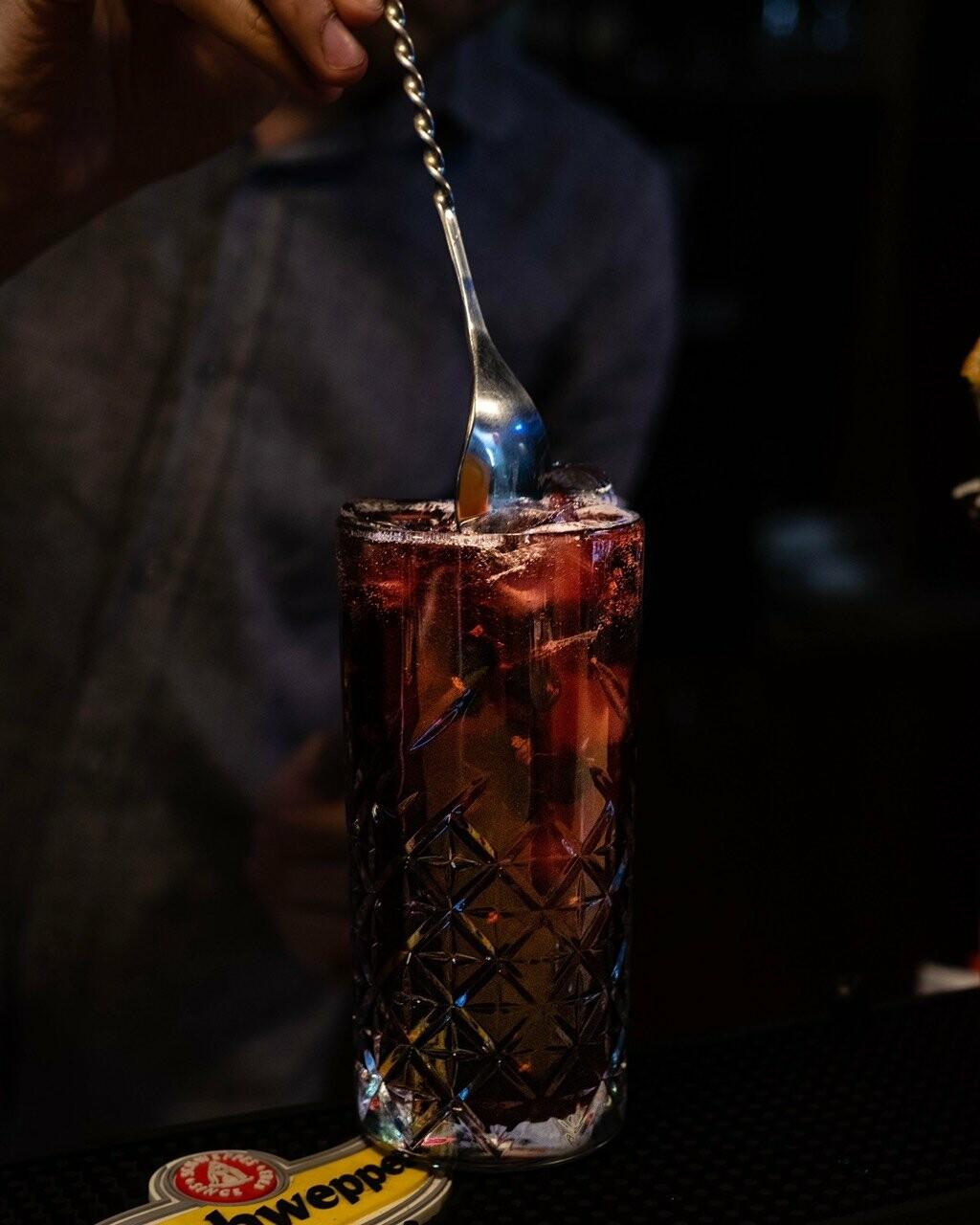 Hookah Blast Lounge Bar в Запорожье, Лаунж Бар на Бульваре Шевченко в Запорожье, кафе-бар кальянная в Запорожье, Паб в Запорожье, Пивбар в Запорожье, Разливное пиво на БШ в Запорожье