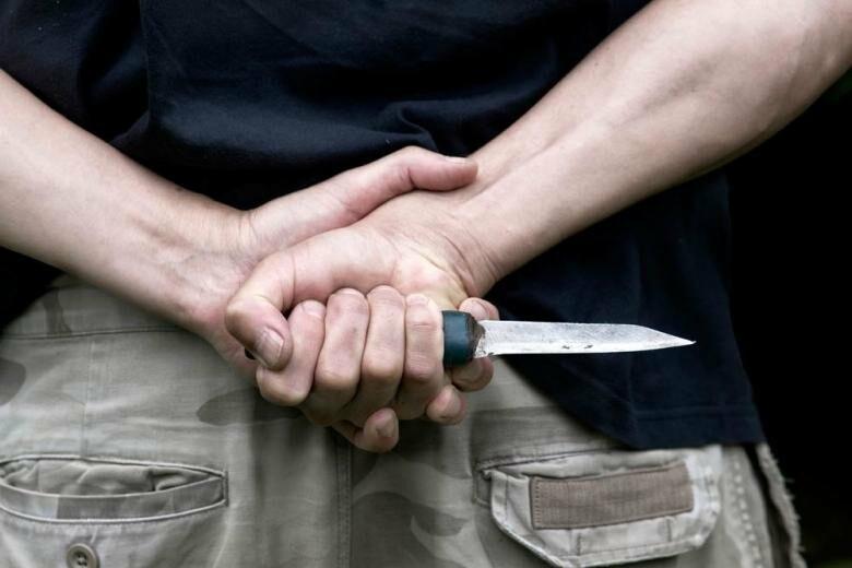 В Запорожской области мужчина пытался свести счеты с жизнью, в полиции