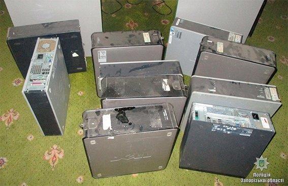 В трёх районах Запорожья закрыли 5 залов с игровыми автоматами, - ФОТО, фото-1