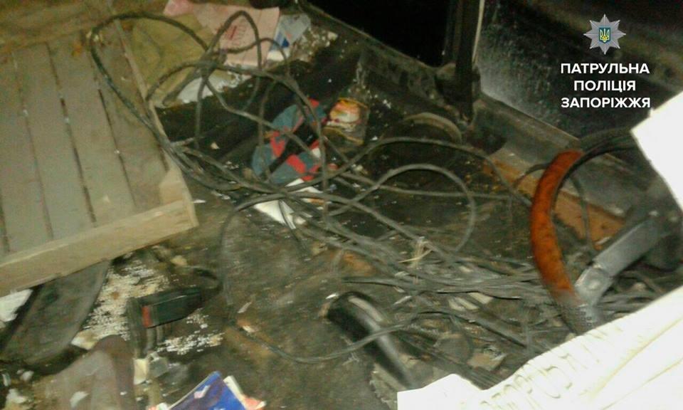 В Запорожье женщина обнаружила в своем гараже троих воров, - ФОТО, фото-4