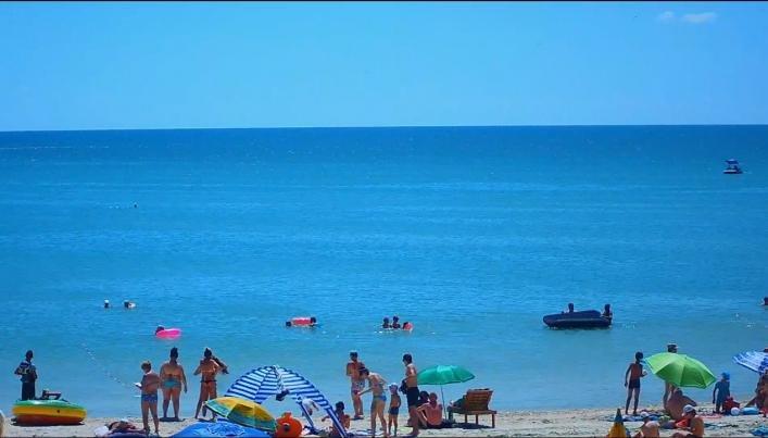 Благодаря шторму, пляжи Азовского моря вновь стали чистыми, - ФОТО, фото-1