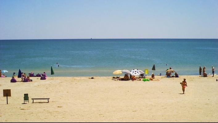 Благодаря шторму, пляжи Азовского моря вновь стали чистыми, - ФОТО, фото-2