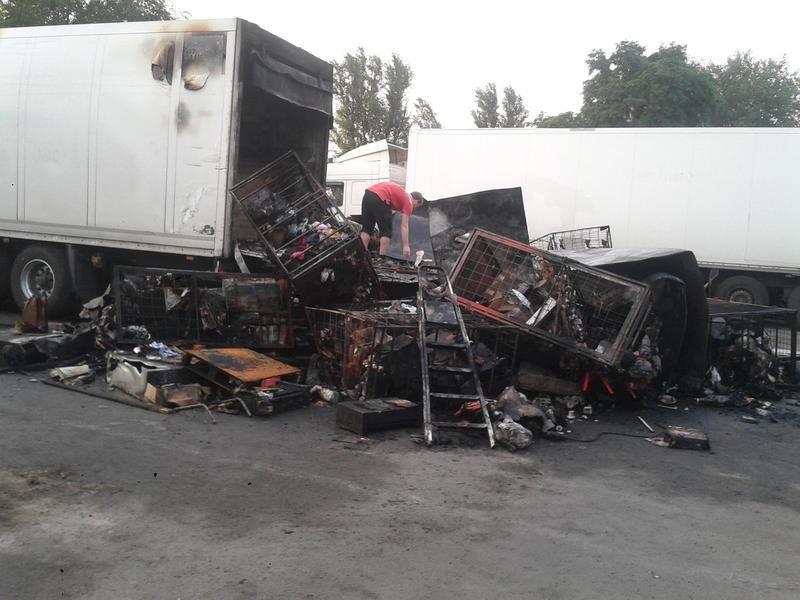 В Запорожье сгорел грузовик с посылками «Новой почты», – ФОТО, фото-1