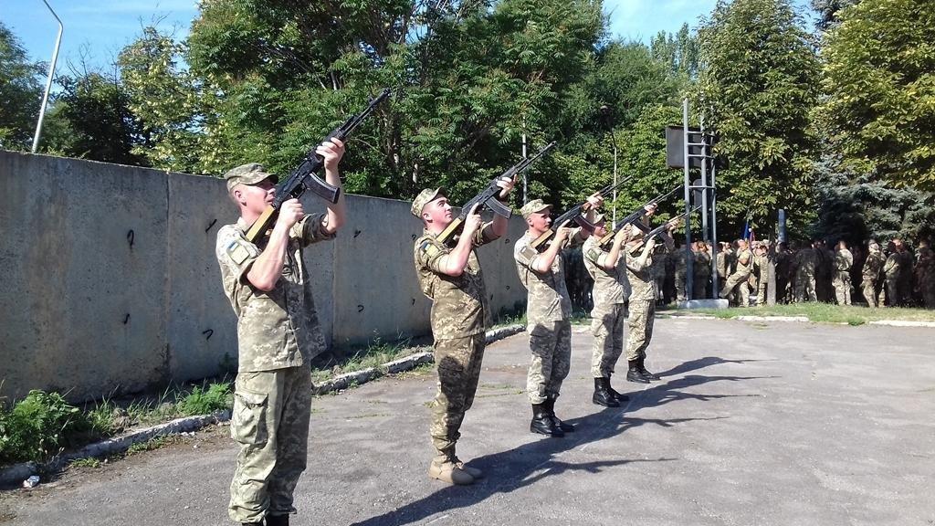 В Запорожье почтили память погибших героев 55-й бригады, - ФОТО , фото-2