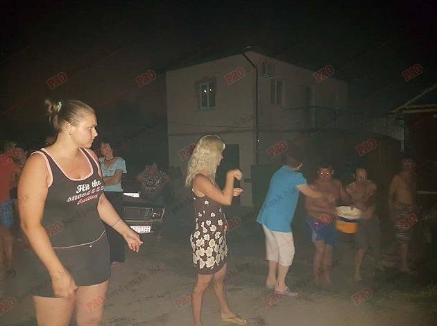 В Запорожской области жители микрорайона сообща тушили большой пожар, – ФОТО, фото-3