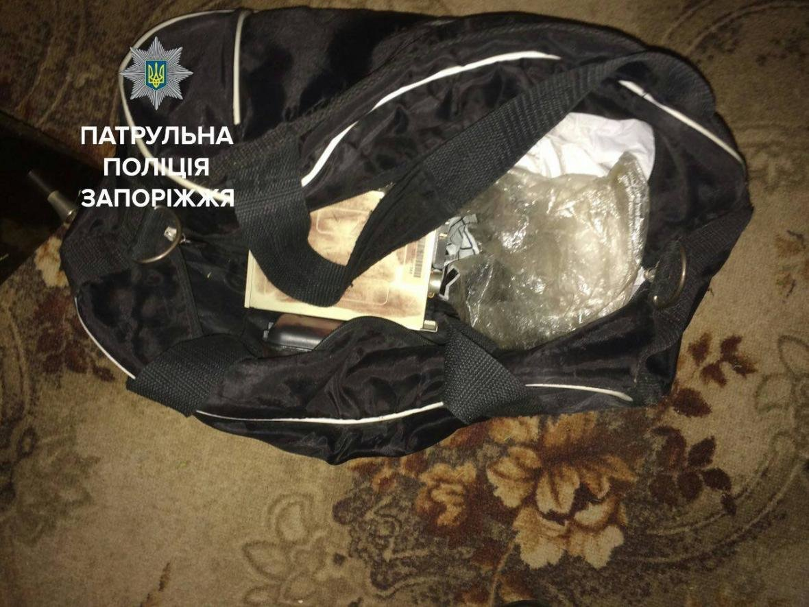В Запорожье незнакомец пытался обокрасть дом, пока его владельцы спали, – ФОТО, фото-2