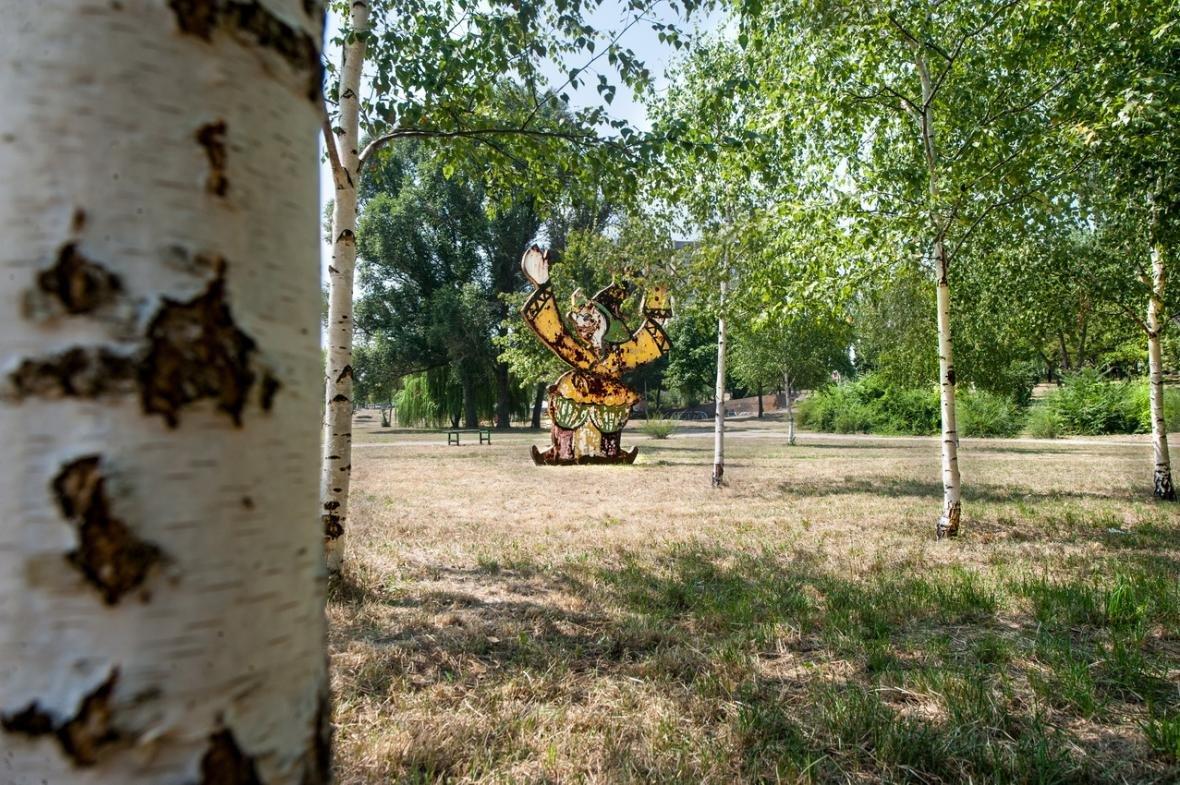 В одном из парков Запорожья демонтируют советские аттракционы, - ФОТО, фото-6