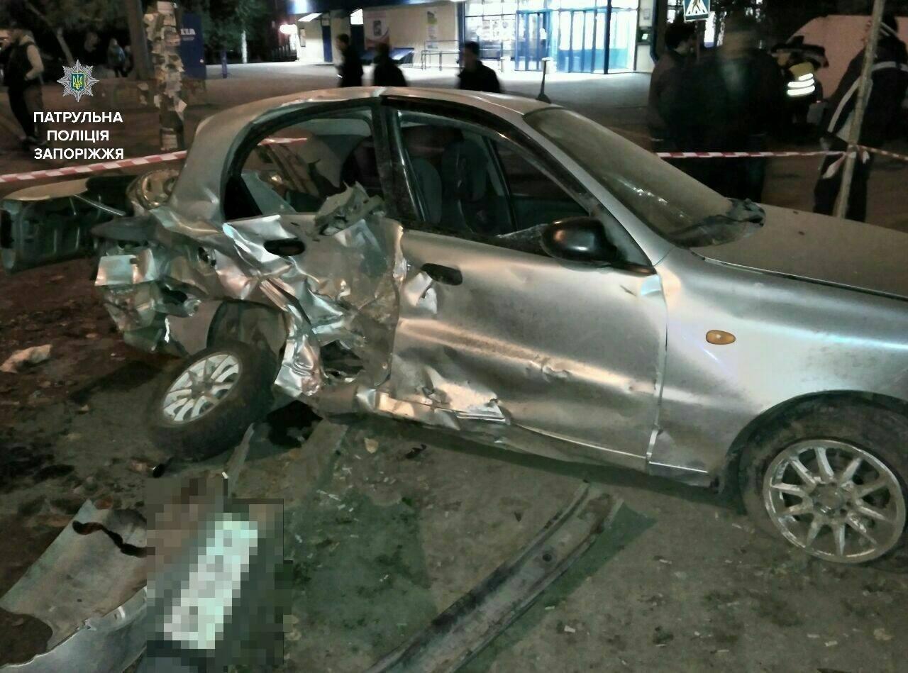 В Запорожье пьяный сотрудник СТО на авто клиента разбил три автомобиля, – ФОТО, фото-4