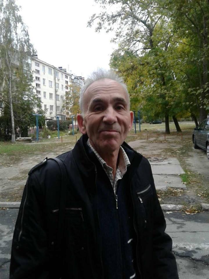 В Запорожской области пенсионер повредил машину за украинский флаг, - ФОТО, фото-3