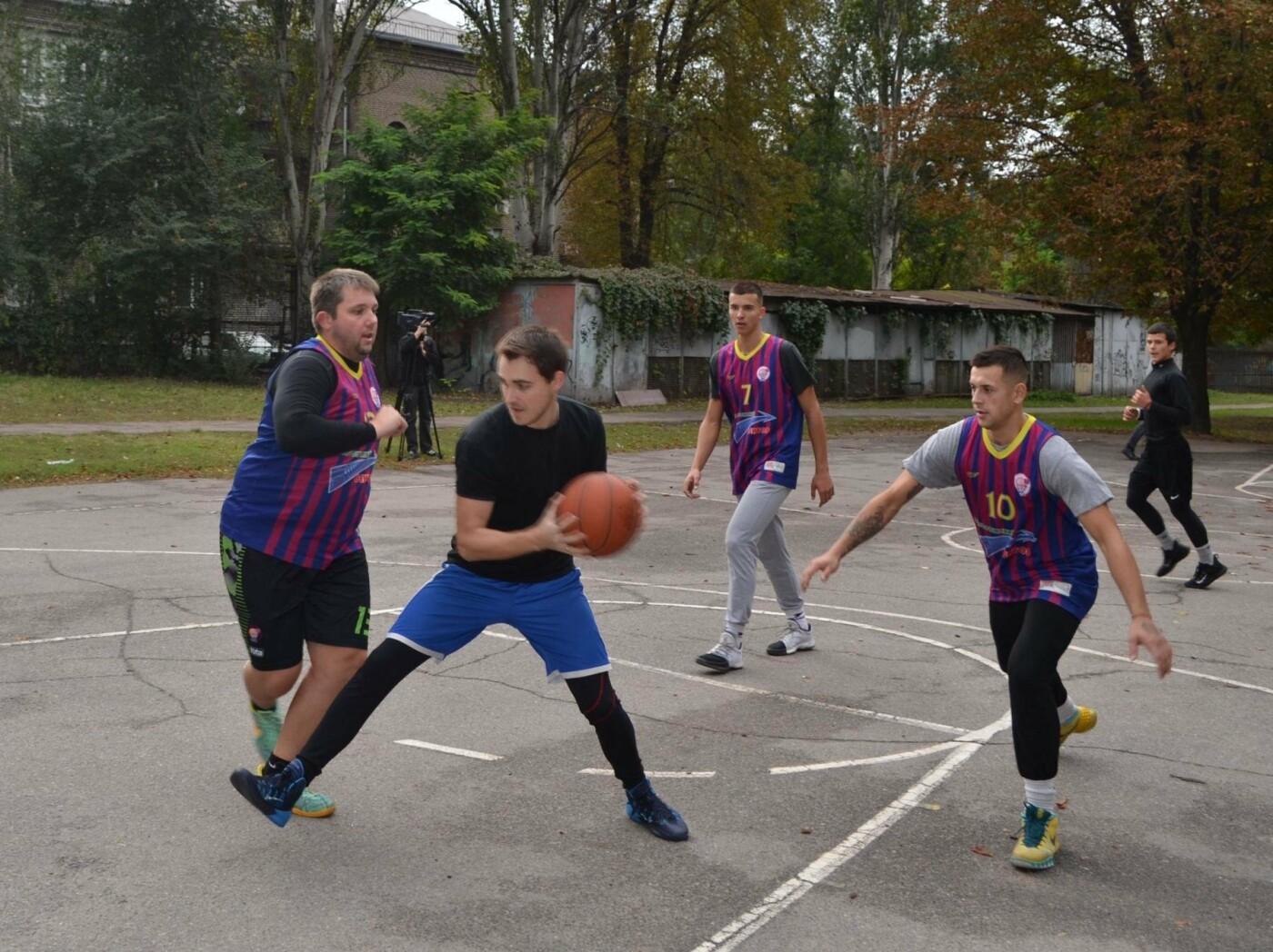 В Запорожье с успехом прошли соревнования по стритболу среди аматоров при финансовой поддержке мецената Александра Богуслаева, фото-4
