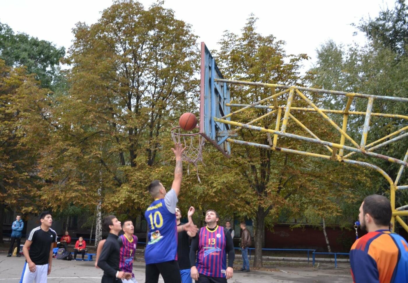 В Запорожье с успехом прошли соревнования по стритболу среди аматоров при финансовой поддержке мецената Александра Богуслаева, фото-7