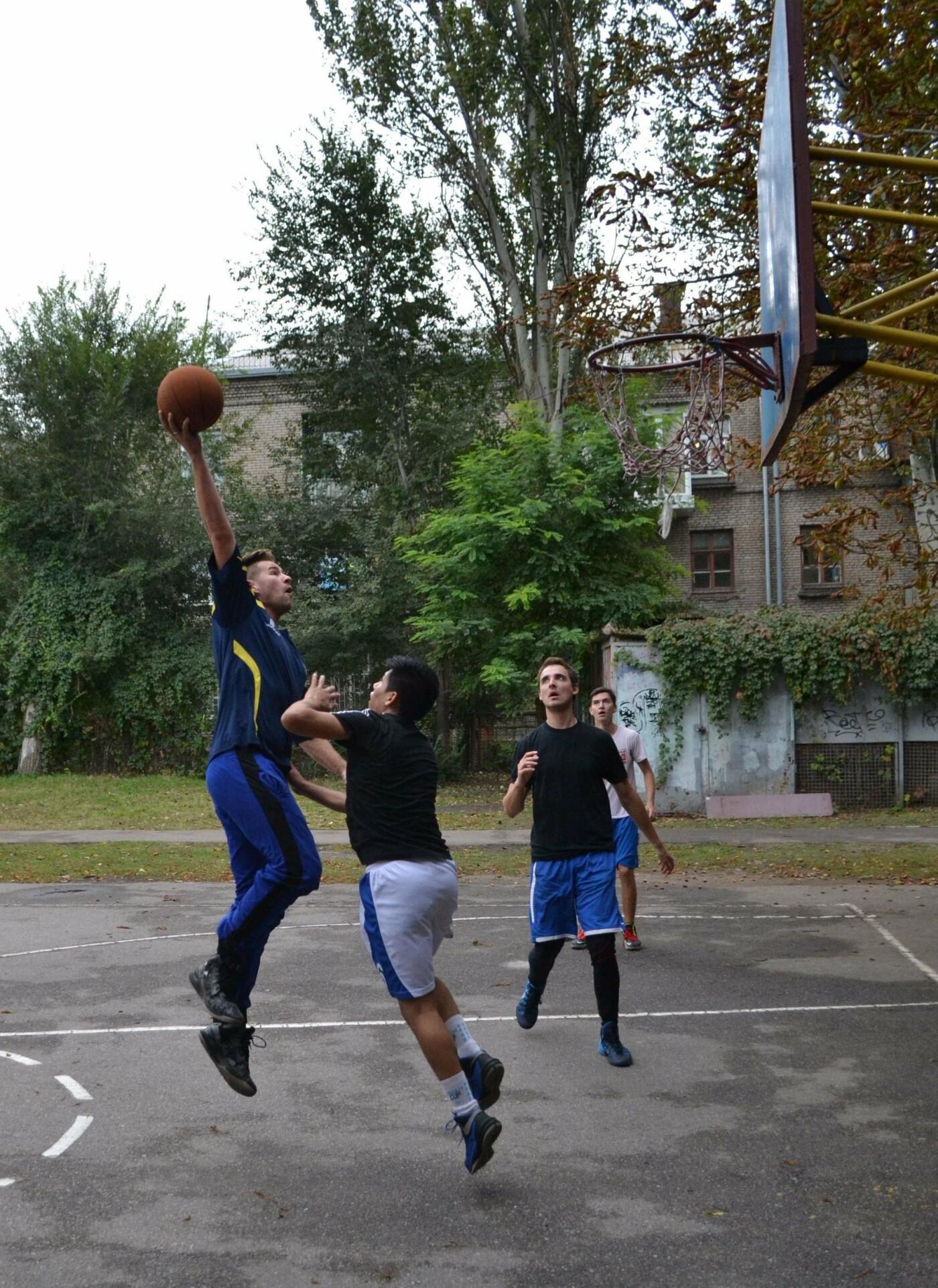 В Запорожье с успехом прошли соревнования по стритболу среди аматоров при финансовой поддержке мецената Александра Богуслаева, фото-3