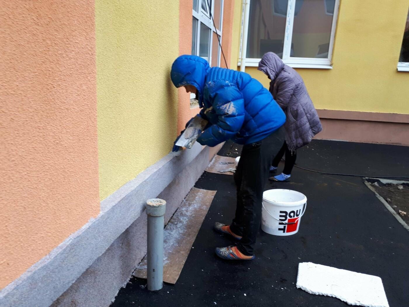Реконструкция нового детсада в разгаре: депутаты проверили ход работ, фото-2