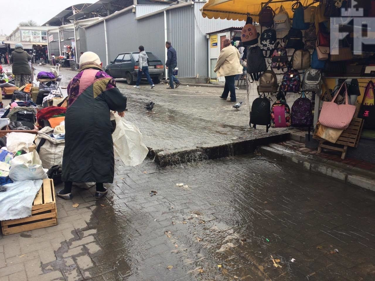 В Запорожье затопило Центральный рынок, — ФОТО, фото-5