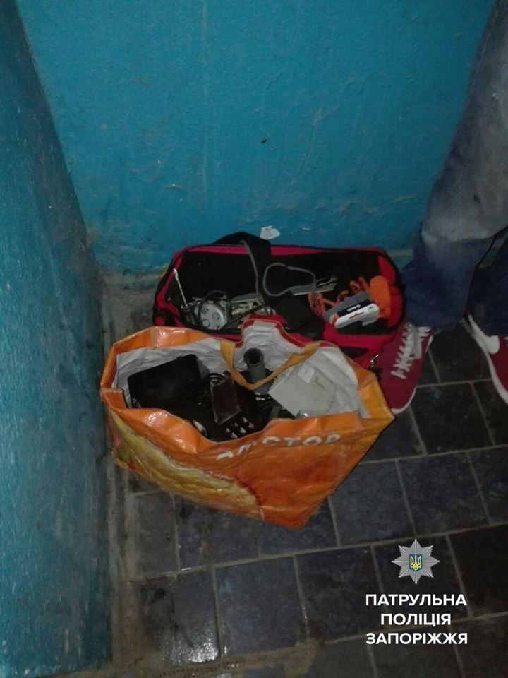 В Запорожье двое мужчин пытались ограбить лифтовую службу, - ФОТО, фото-2