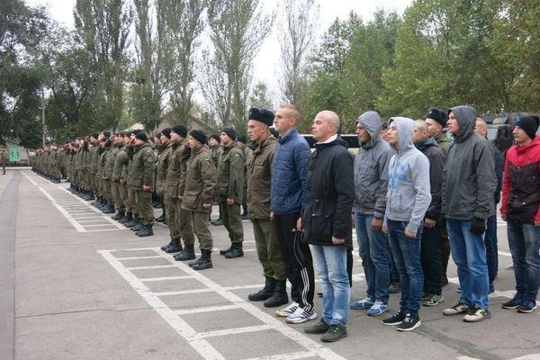В Запорожье демобилизовались 17 срочников-нацгвардейцев, – ФОТО, фото-3